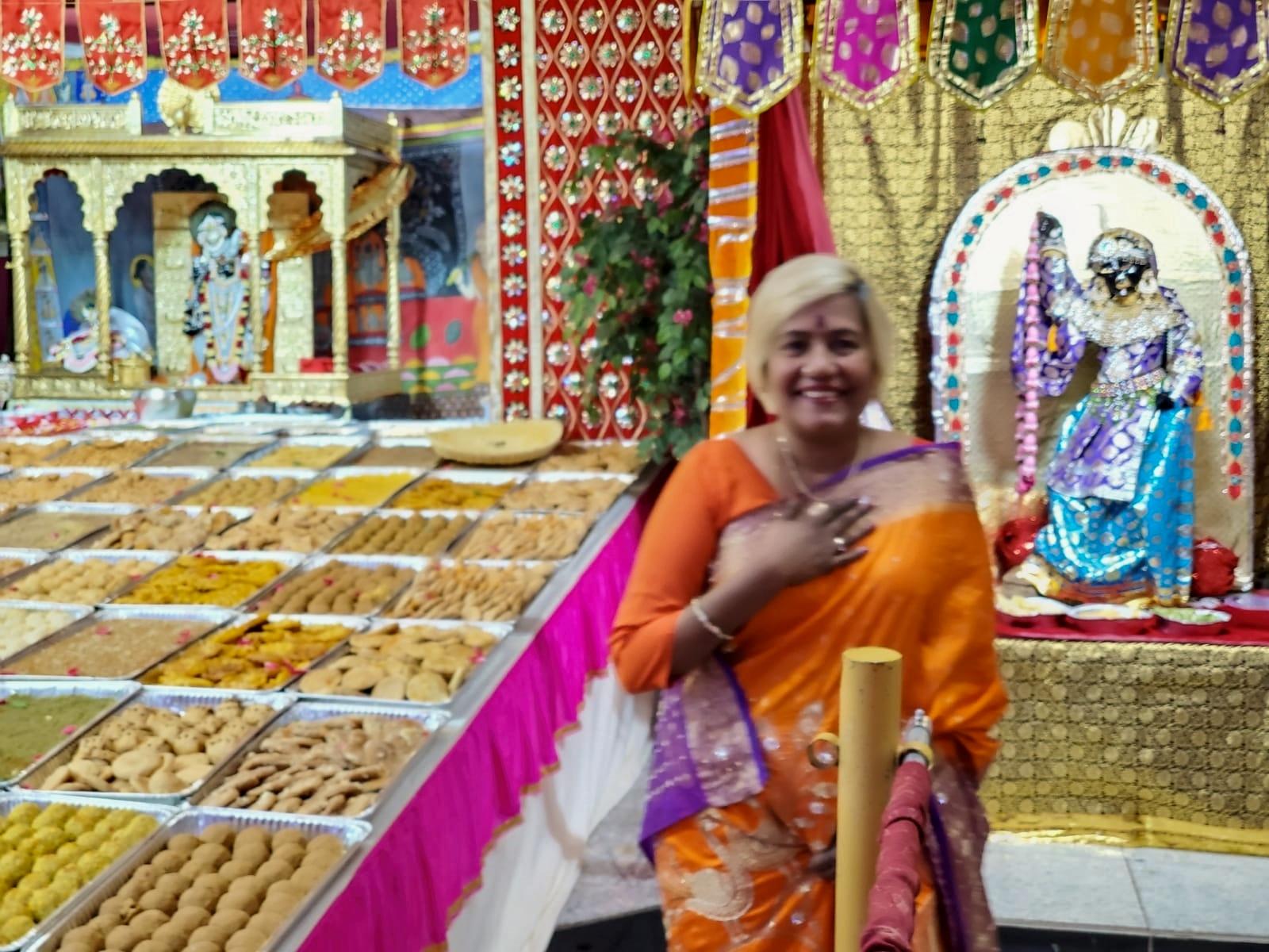 Divine Mother Gayathri Amma Gallery - divine_mother_gayathri_0023.jpg