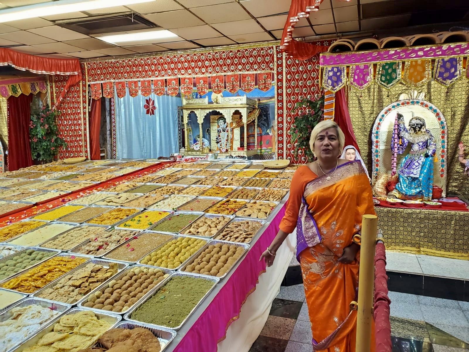 Divine Mother Gayathri Amma Gallery - divine_mother_gayathri_0024.jpg