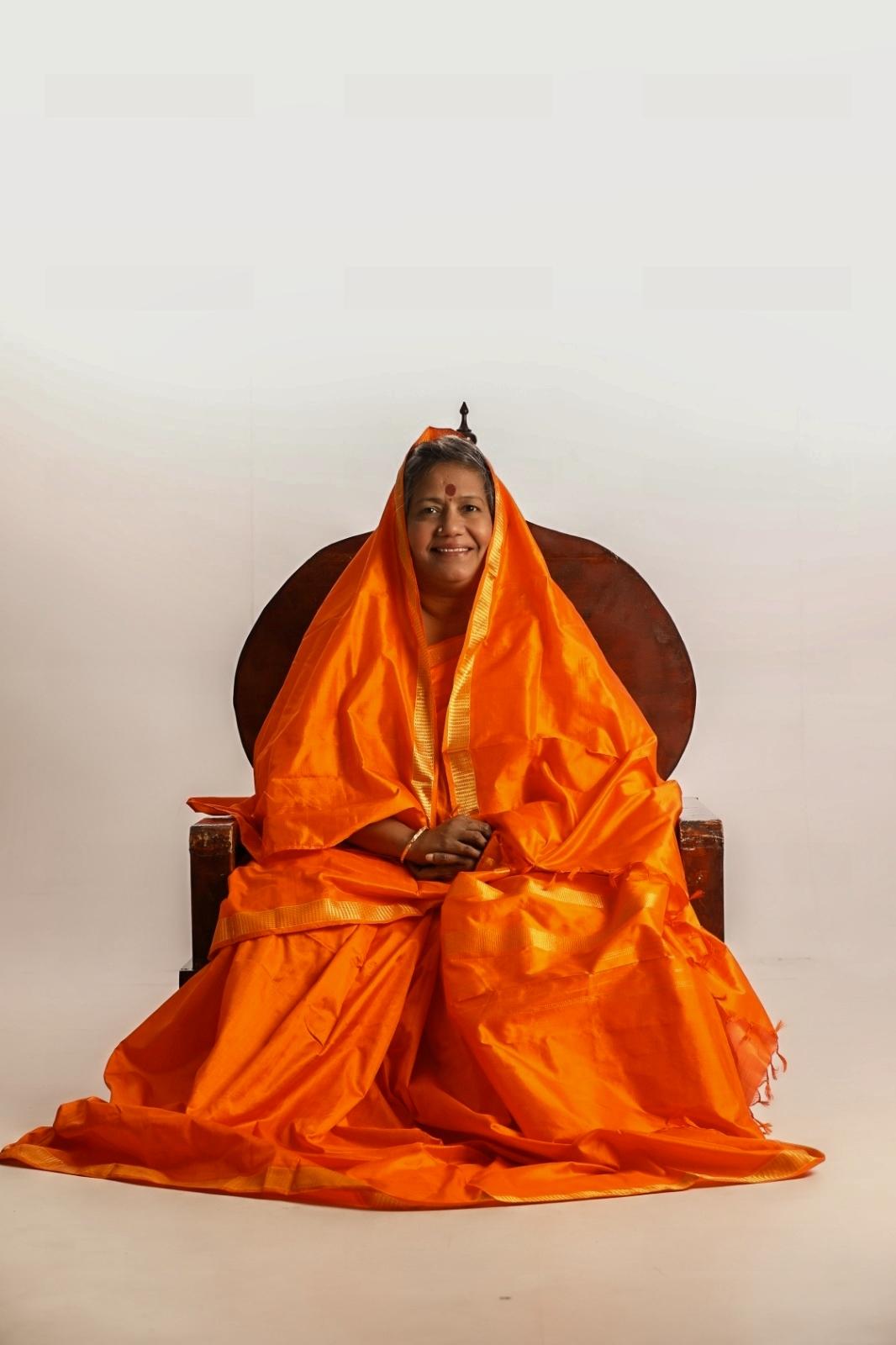 Divine Mother Gayathri Amma Gallery - divine_mother_gayathri_0050.jpg