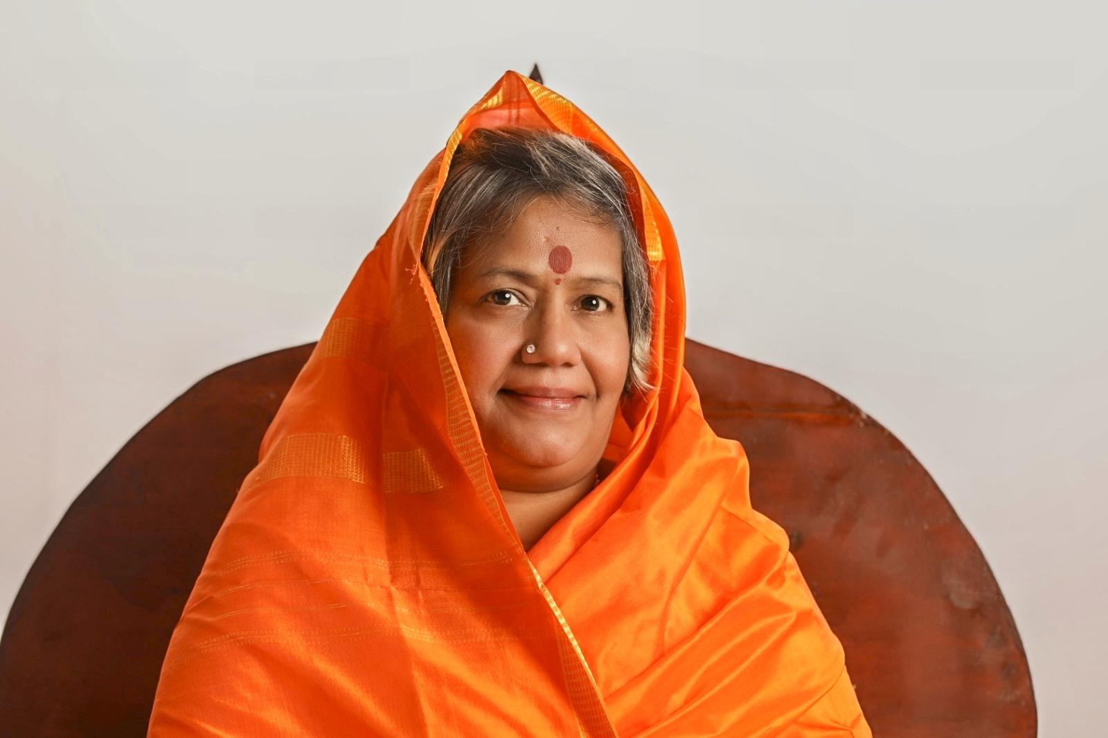 Divine Mother Gayathri Amma Gallery - divine_mother_gayathri_0056.jpg