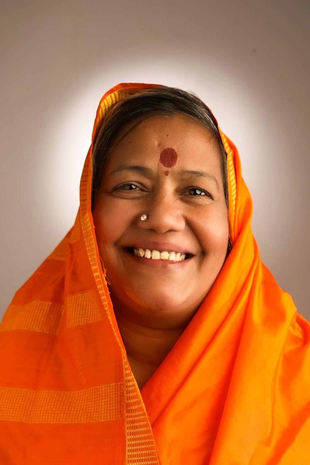Divine Mother Gayathri Amma Gallery - divine_mother_gayathri_0061.jpg