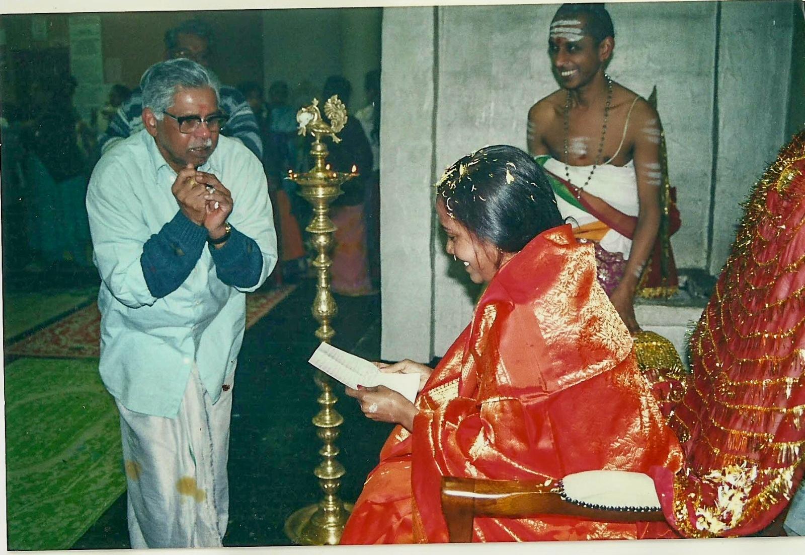 Divine Mother Gayathri Amma Gallery - divine_mother_gayathri_0101.jpg